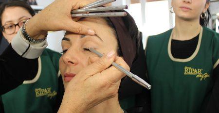 Pencil make-up